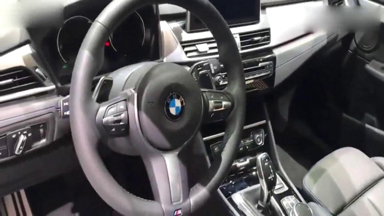 视频:豪华家用MPV,18款宝马2系来袭,空间比奔驰B级大!