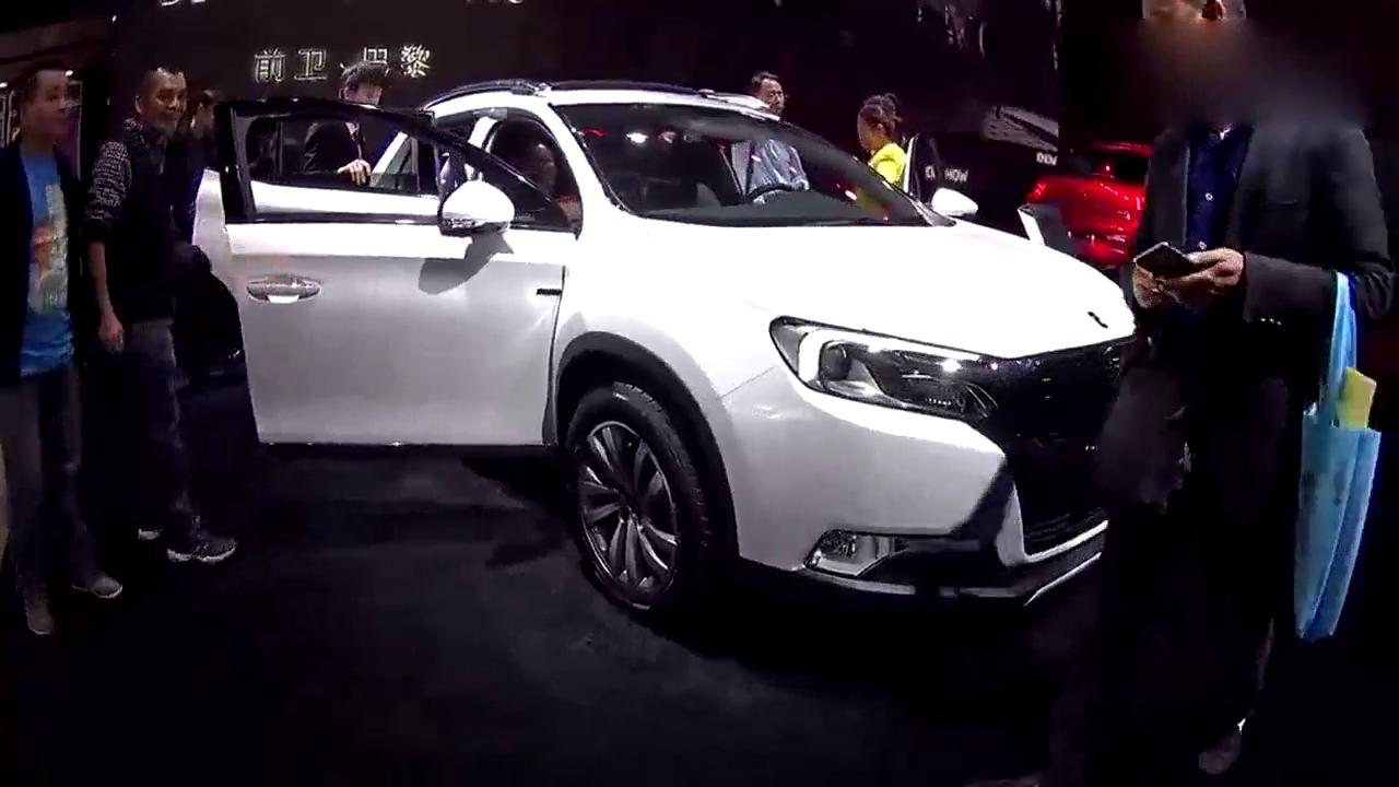 视频:雪铁龙推紧凑SUV 或称屌丝版DS6