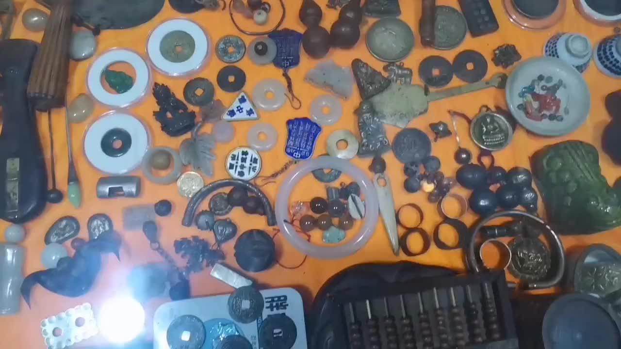 新手小白搞收藏见到一堆东西都想买古代钱币太多了