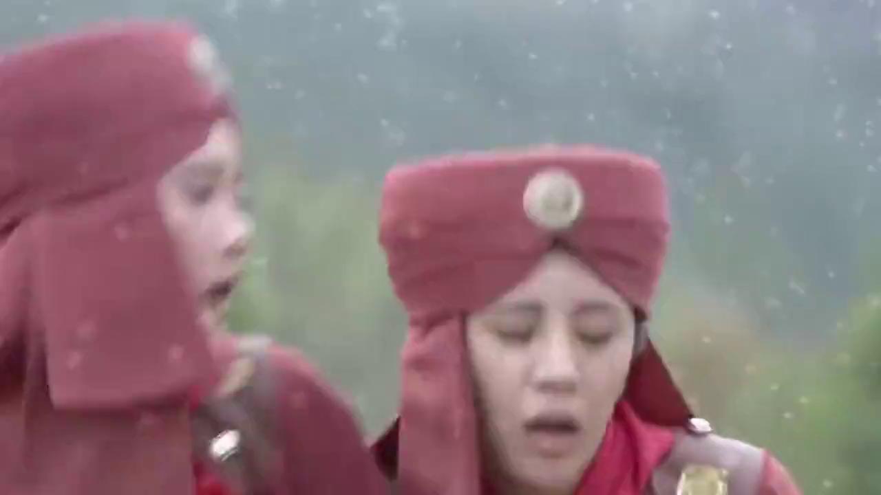 薛平贵与王宝钏:代战和丽娜打扮成士兵,一路追着去中原的凌霄
