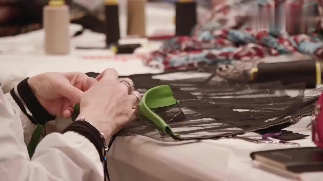 杜嘉班纳高级定制制作过程看完就知道为什么杜嘉班纳的衣服很贵