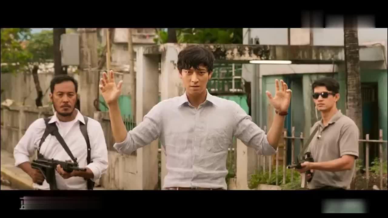 韩国犯罪动作猛片姜栋元李秉宪展开激烈的正邪追击大战