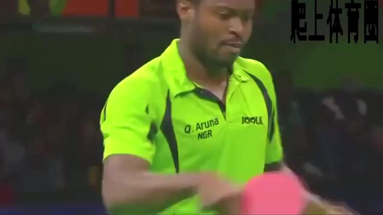 乒乓球精彩回顾,马龙VS阿鲁纳,对手猛攻击。