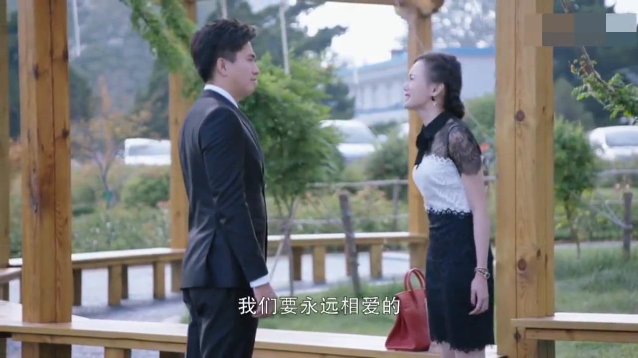江村决定离婚樱素接受不了自己要离开豪门,开始精神错乱