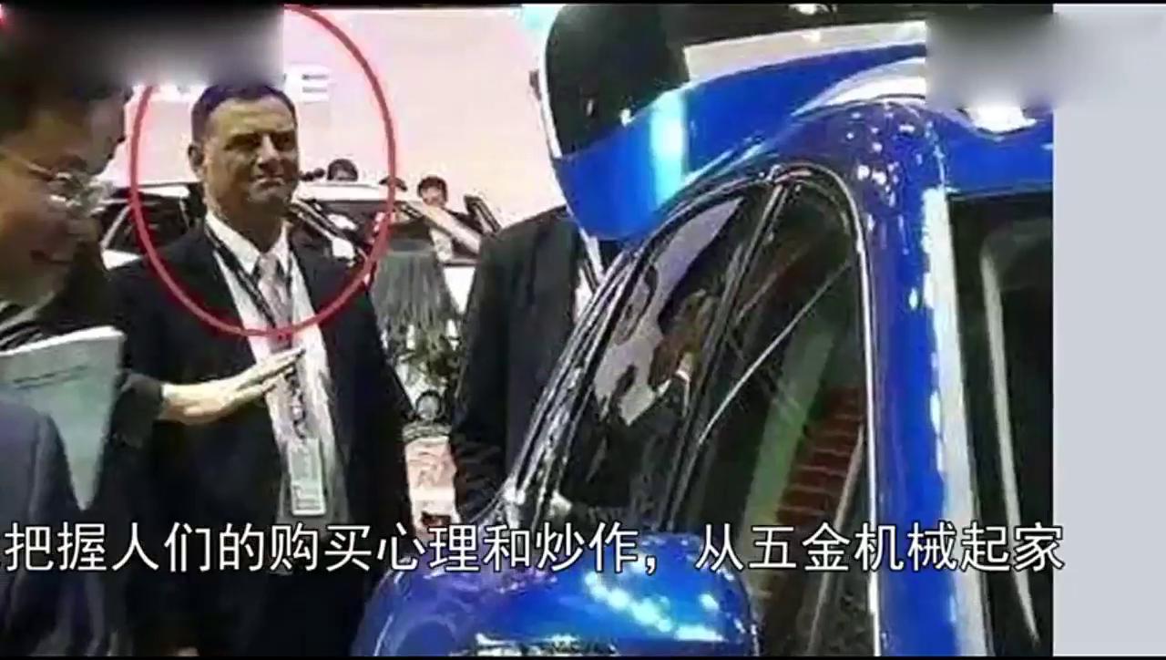 """视频:路虎揽胜吓懵了!低价豪华SUV,众泰T800""""泰揽""""即将来袭!"""