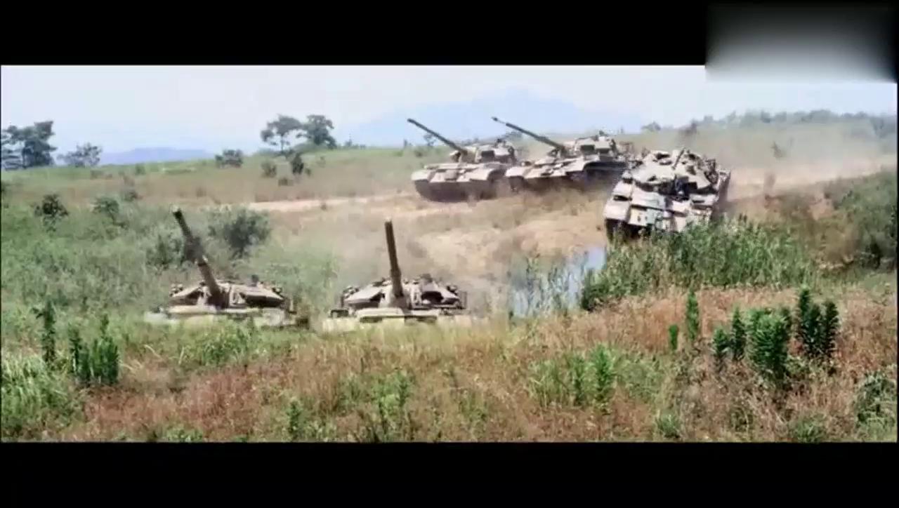 战狼2:战狼中出现的高新军事装备,看后觉得祖国好强大