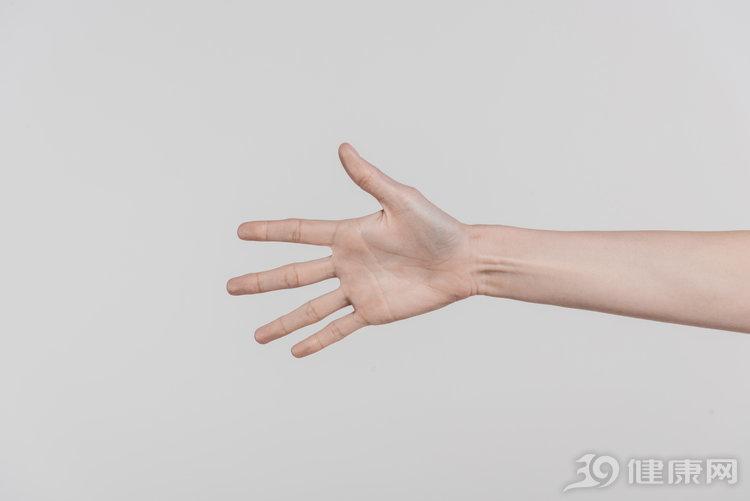 手麻怎么办?牢记3个方法,帮你缓解手麻症状