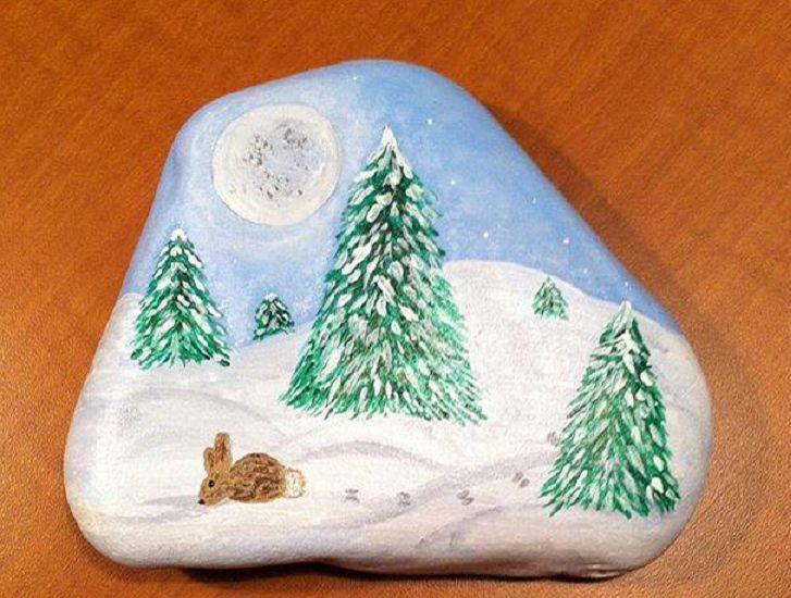 有趣的石头风景画:林中黑熊似童话故事,海边守望塔别具风味