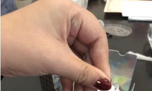 李佳琦种草了一款精华液,能有效击退黑色素,提亮肤色、焕白肌肤