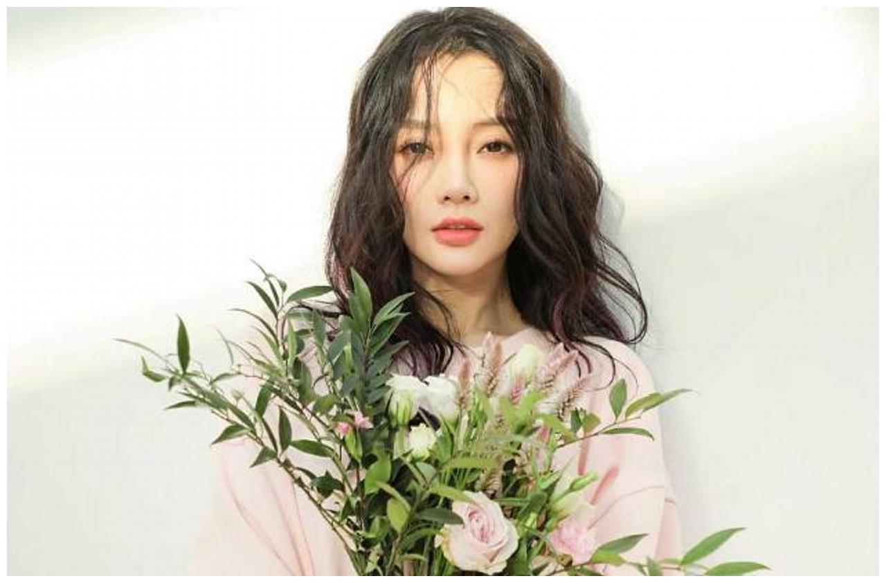 李小璐网红脸,辛芷蕾高级脸,陈妍希初恋脸,你最喜欢谁?