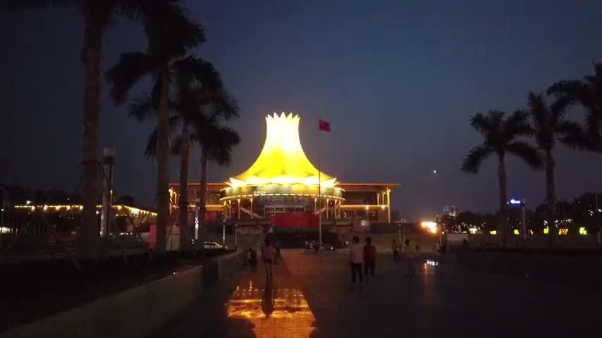 每年的东盟博览会举办地南宁会展中心近距离参观宏伟大气有特色
