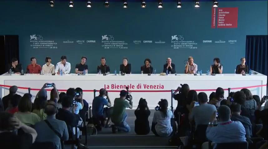 娄烨新片《兰心大剧院》在威尼斯电影节宣布定档,巩俐讲述了自己