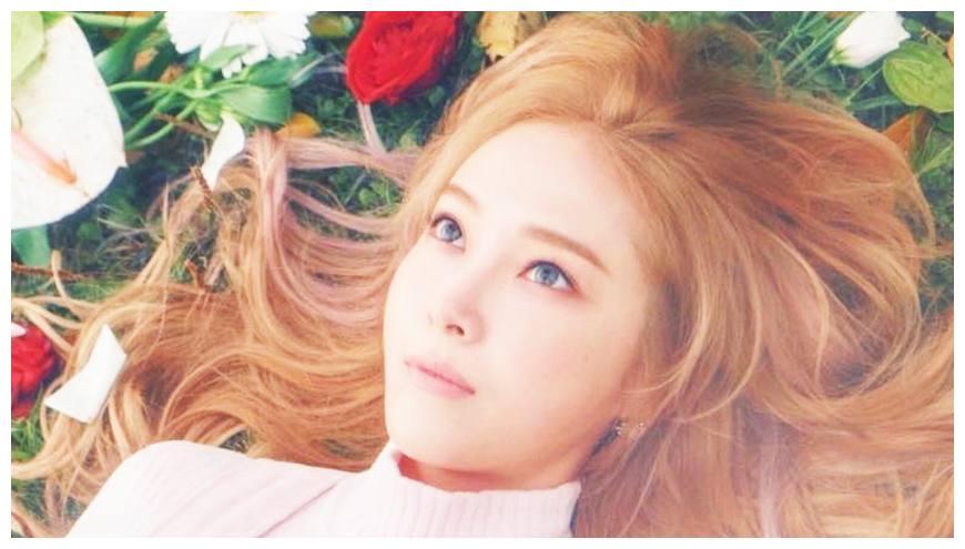 退团时饱受争议,离开少女时代的郑秀妍,事业更为精彩!