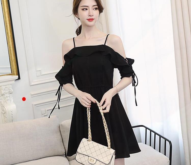 30-40岁女人想要穿的高级些,不妨试试小黑裙,上身尽显优雅