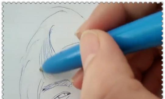 """美术生用""""圆珠笔""""画李现,本以为是黑粉,看到成品:错怪了"""