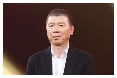 继冯小刚刘震云后,又一大名人向铲屎官发难:你咋知道他没养情人