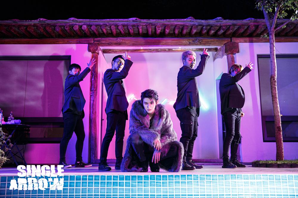 东宇《Single Arrow》原创单曲MV公开 逆向应援回馈粉丝