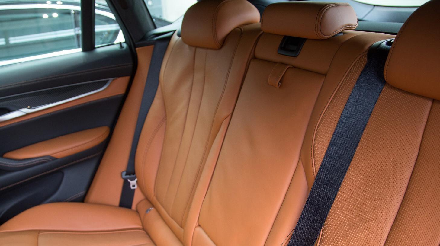 比较霸气的宝马X6M,外形时尚动感的一款车,看上去有力量感