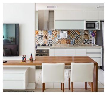 谁能想到餐桌还能这样设计?和电视墙连一起长3.5米,小区第一家