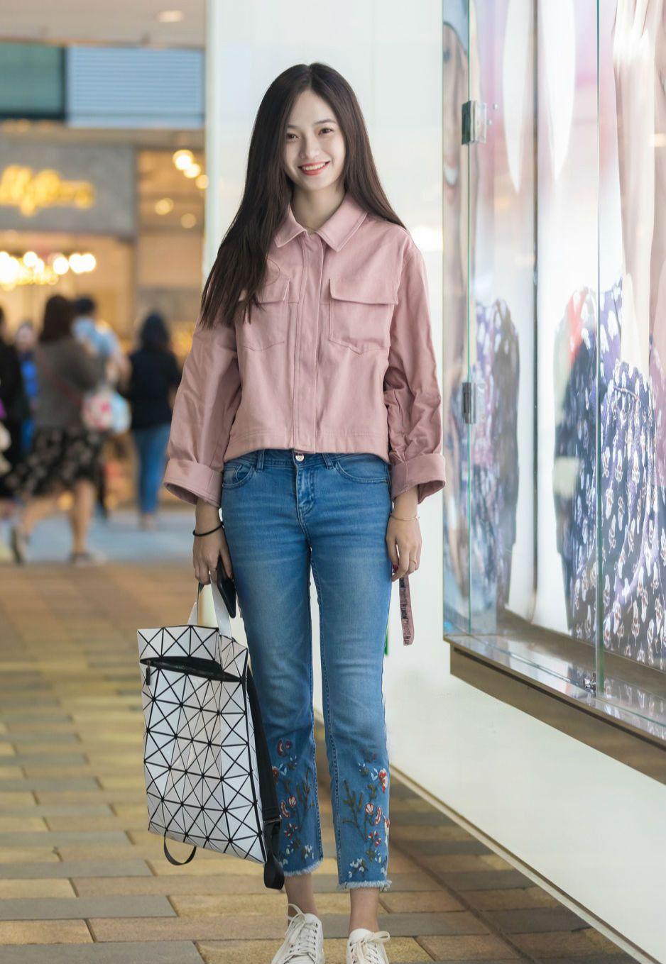 牛仔裤的百搭效果,让你轻松打造想要的时尚美