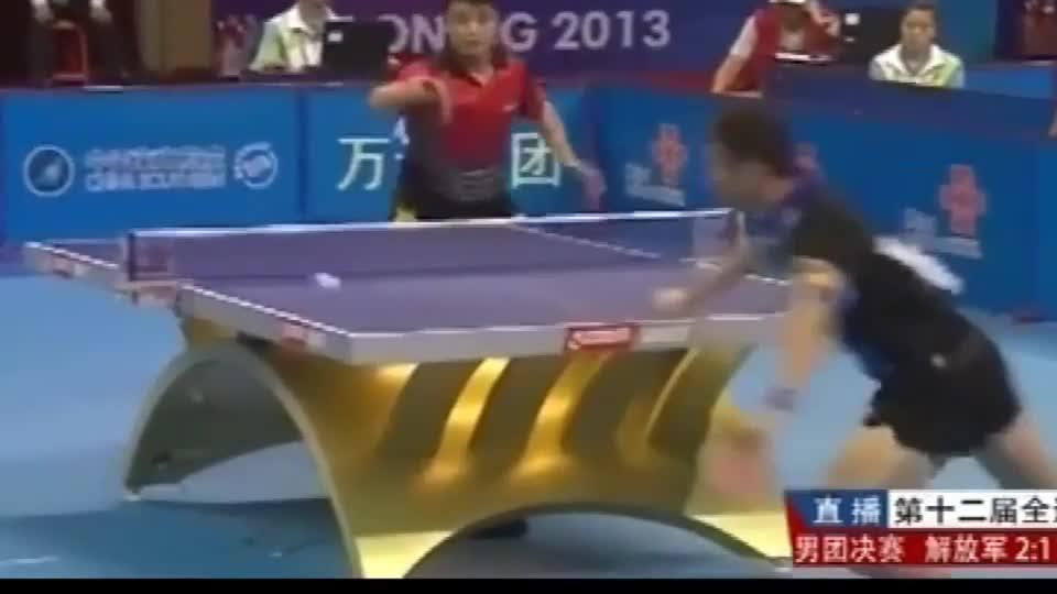 中国乒乓球,王皓对战许昕,两个人的反应都好快,厉害