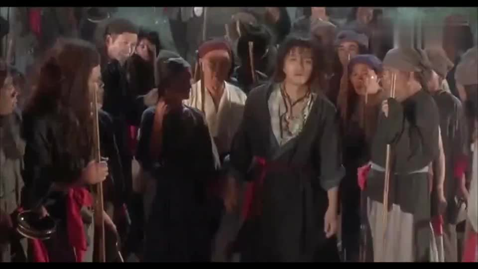 武状元苏乞儿苏灿为了救如霜用睡梦罗汉拳当上帮主