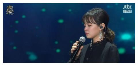 李遐怡演唱歌曲悼念钟铉数度哽咽,泰妍直播传话「想轻轻拍拍她」
