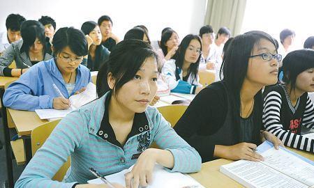 大学里怎样才能快人一步?学姐有3点建议,大一新生要谨记