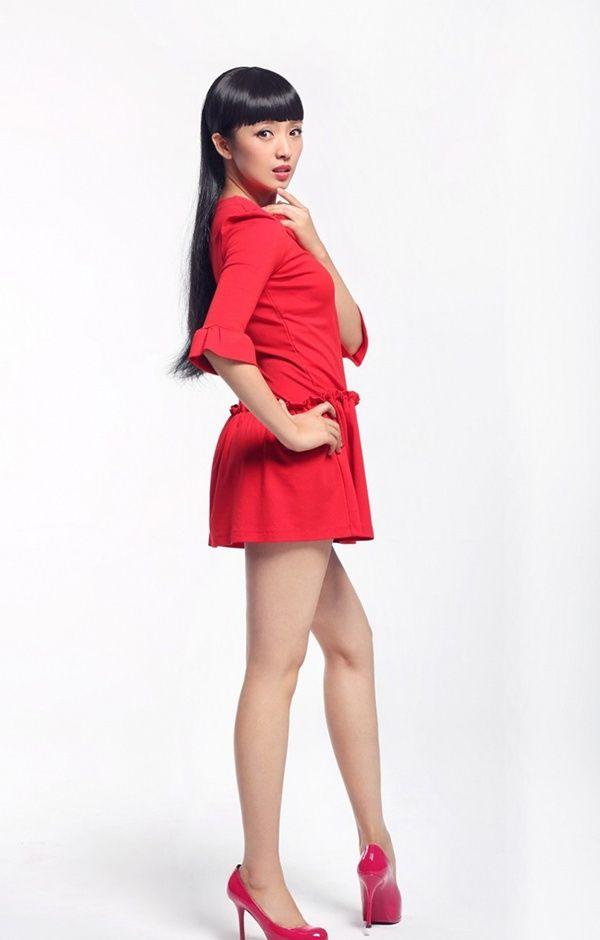 温柔可人 亭亭玉立的女明星——刘晓洁