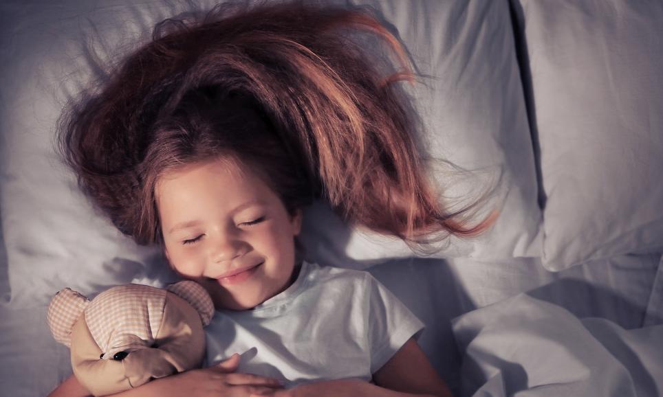 三伏天,孩子睡觉时间不对,不仅影响身高和健康,还会影响智力!