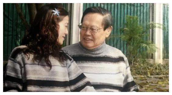 96岁杨振宁怎么称呼74岁的岳父?网友:好机智