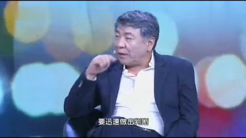 导演郑晓龙夸王珞丹和张嘉译这么导演 逗得满场大笑