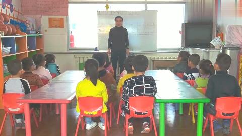 怎么让孩子更喜欢上课,课前小游戏《老虎哎哎》,小朋友的最爱!