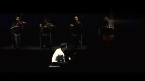 马克西姆上海梅奔演奏《权力的游戏》主题曲霸气超燃