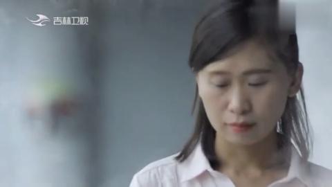 弟弟被拐骗20年,姐姐含泪苦寻20年,辛酸哭诉:我想要张全家福!