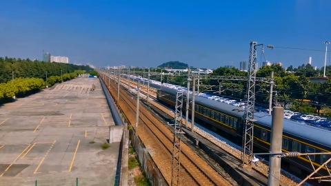 实拍繁忙的广深铁路大通道,分分钟都有列车经过