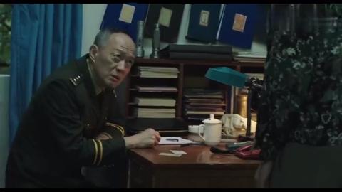 老戏骨金士杰客串韩寒电影,这段当时把整个电影院都笑翻了!