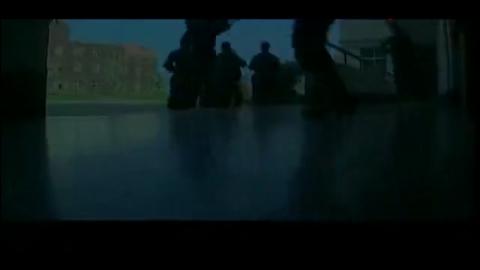 士兵突击:老A队长袁朗听音识人、弹无虚发, 所有人都服了!