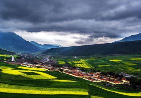 祁连山——美丽的草原秘境 这里风景好空气也好