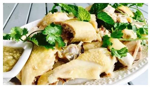 姜汁白切鸡,鲜香、味美又营养,餐桌一道不可多得的佳肴