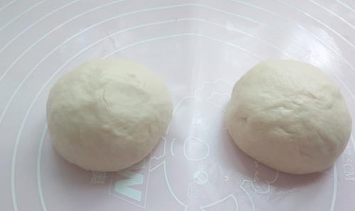 专业烘焙师教您用100克面粉,2克盐,30克开水做营养可口的鸡蛋饼
