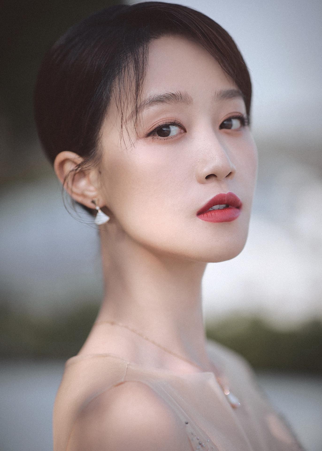 蓝盈莹亮相第32届金鸡奖  以星辰大海之名赴中国电影之约