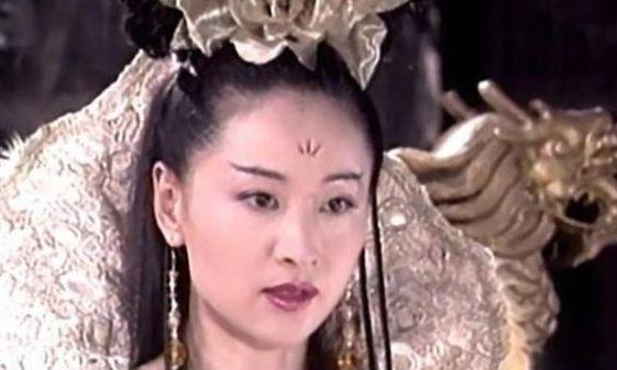 """""""香港第一情妇"""",马景涛为她自尽,被正室打到无法生育"""