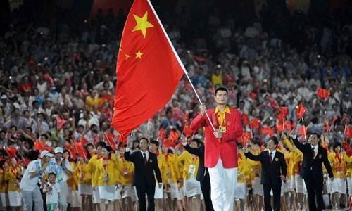 谁能担任下一届奥运会中国队旗手?朱婷呼声最高,但存在1个变数