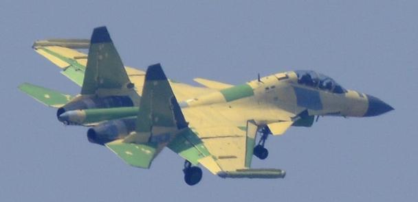 歼-171819编号脉络渐清 意义重大功能独特 两型或均属舰载机