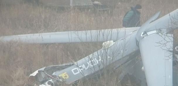 俄最新无人机试飞时在公寓楼附近坠毁 称设备失灵