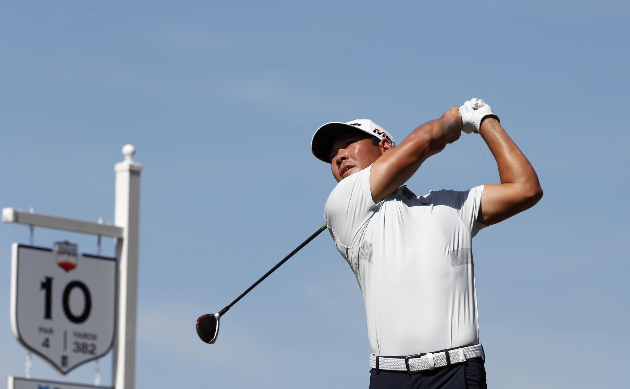 高尔夫——美巡赛:张新军获休斯敦公开赛总成绩第四