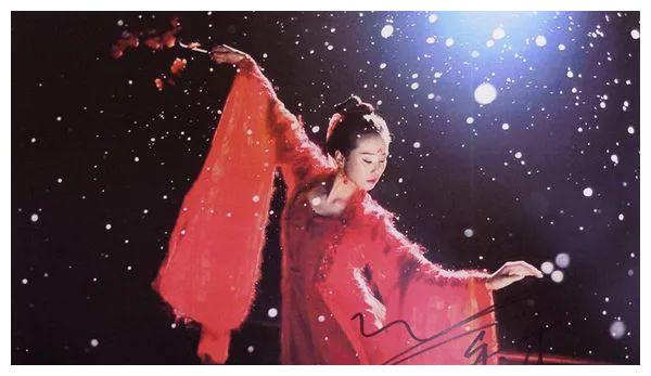 当红明星们的签名,杨幂最潇洒,赵丽颖baby的最难懂!
