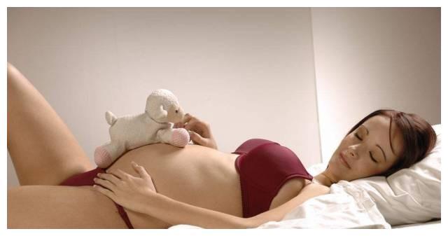 孕妈妈你会睡觉吗?孕早、孕中、孕晚期究竟怎么睡?快快收藏起来