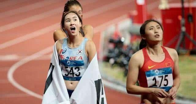 她是韩国最美田径冠军,亚运会夺冠成名,完美身材清纯长相爱自拍